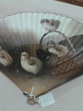 Fan-with-chicks